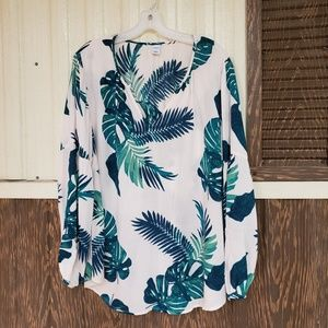 Old Navy blouse palm leaf print size L